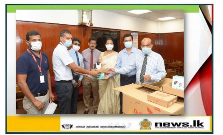 Many local companies, organizations hand over contributions to Health Ministry for Corona prevention and control