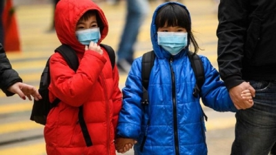 Coronavirus: Hong Kong to slash border travel as virus spreads